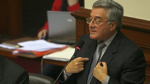 Bedoya insiste en que 'ley mordaza' no recorta libertad de prensa
