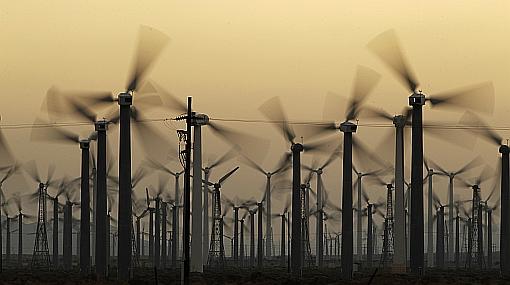 Obama ratifica su compromiso con energías limpias y también con el petróleo
