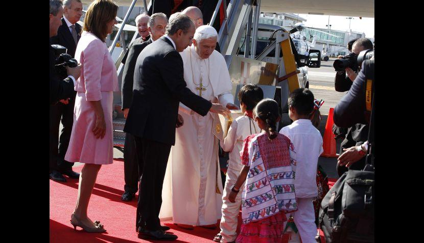 FOTOS: así fue recibido Benedicto XVI en su visita a México