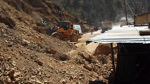 Caída de huaico bloqueó el ingreso a seis distritos de Santiago de Chuco