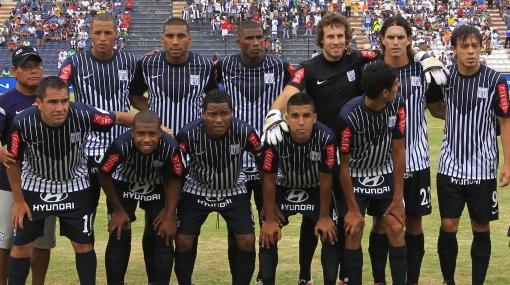 ¿Alianza Lima debe jugar con su mejor equipo ante Libertad?