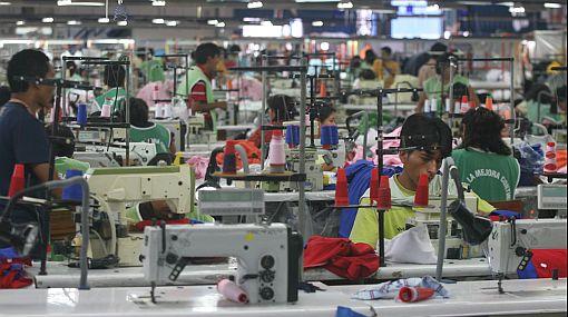 ÁDEX: urgen medidas para impulsar recuperación de confecciones textiles