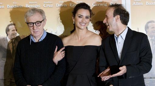 """Woody Allen presentó en Italia su nueva película, """"To Rome With Love"""""""