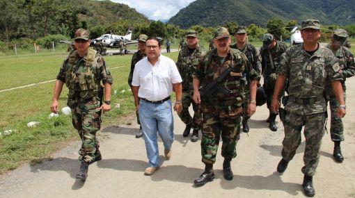 Fuerzas combinadas buscan a terroristas que secuestraron a trabajadores