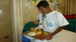 Mineros rescatados mejoran su salud, recobran el apetito y ya no usan lentes oscuros - Noticias de julio sarmiento