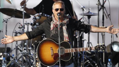Kevin Costner y su banda ofrecerán concierto benéfico en Miami