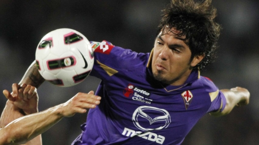 Juan Vargas jugó en la derrota 1-0 de la Fiorentina ante el Galatasaray
