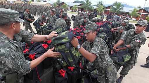 Militares y policías instalan base en colegio de Kepashiato que afecta a escolares