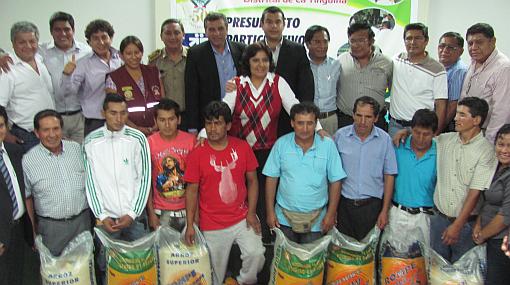 Mineros ilegales rescatados en Ica recibieron bono de S/. 3.000 del Gobierno