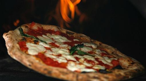 Comer pizza ayudaría a combatir el cáncer a la próstata