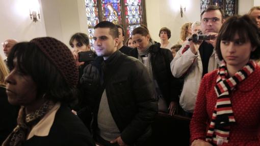Invasión de turistas molesta a feligreses de iglesias en Harlem