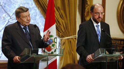 Chile dio explicaciones a Perú sobre acto a favor de Abimael en Santiago
