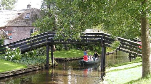 Giethoorn, el tranquilo pueblo holandés donde no hay ni un auto