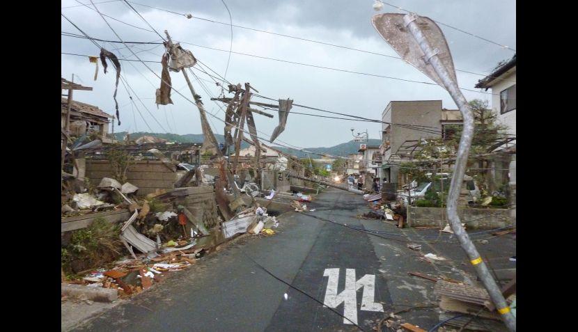 FOTOS: norte de Tokio quedó destruido tras el paso de devastador tornado