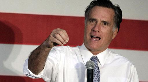 Revelan que Mitt Romney molestaba a un compañero en la secundaria