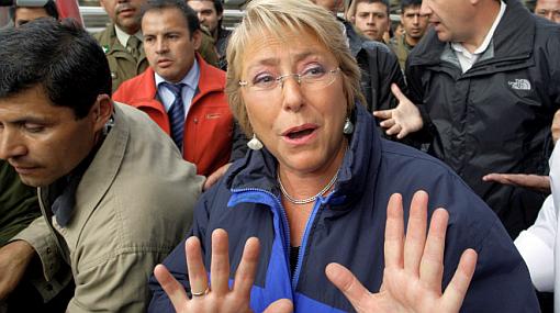 Michelle Bachelet no será imputada por muertes en tsunami