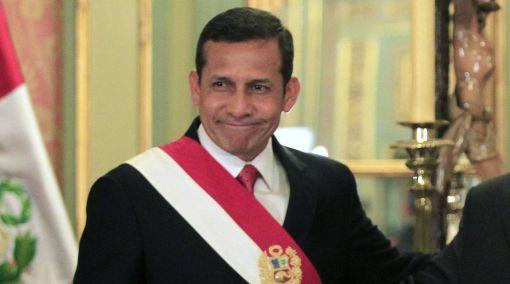 Presidente Humala tomará juramento a nuevos ministros esta noche