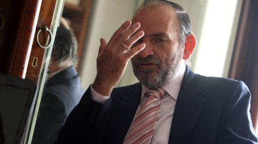Yehude Simon criticó que un militar asuma la cartera del Interior