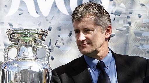 El ex madridista Davor Suker tomaría el poder del fútbol croata