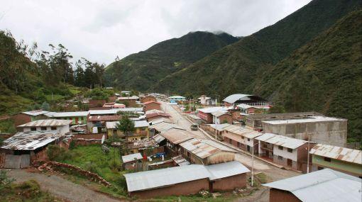 Ayacucho: construirán anillo vial para unir localidades del VRAE
