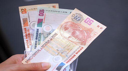 Gobierno oficializó aumento de la remuneración mínima vital a S/.750