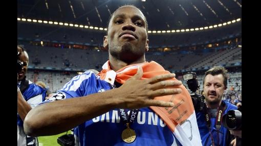 ¿Drogba debe seguir en Chelsea? Los 'blues' quieren retenerlo