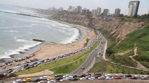 Proponen norma única para prohibir arrojo de basura y desmonte en Costa Verde