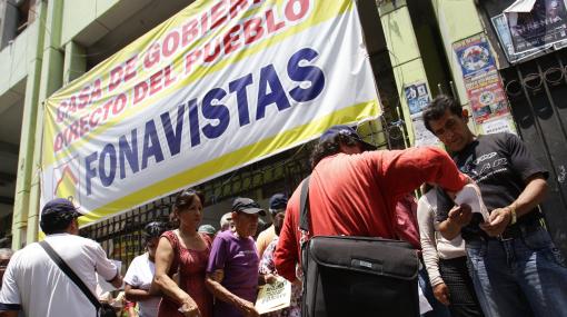 Castilla anunció que el pago a los fonavistas podría llegar en un año