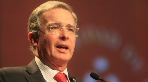 Argentina: desactivan bomba que podía matar a Álvaro Uribe