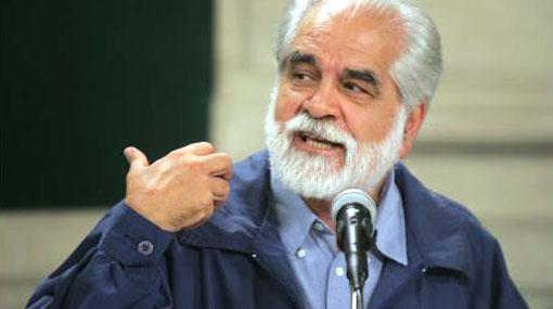 Gastón Garatea será nombrado profesor honorario por Universidad Católica