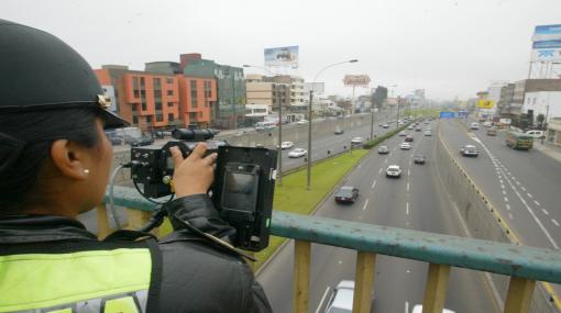 Policía investiga casos de fotopapeletas de tránsito con firmas falsas