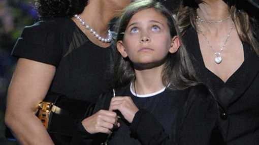 Hija de Michael Jackson reveló que es víctima de bullying