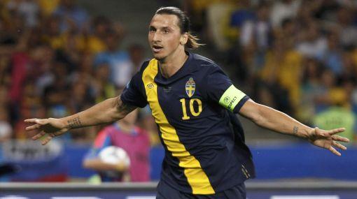Zlatan Ibrahimovic jugará ante Inglaterra a pesar de lesión en el muslo