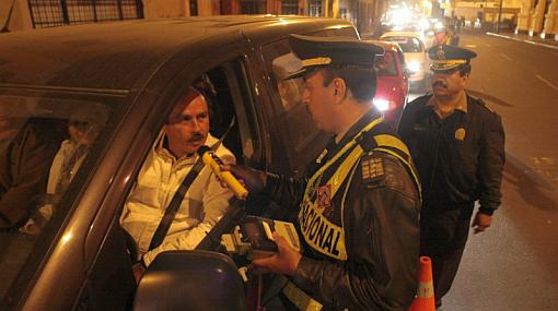 Ni una gota de alcohol en conductores: ¿Qué implica este proyecto de ley?