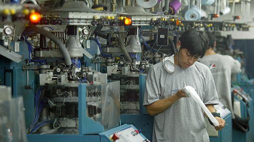 Mintra ratificará la vigencia de bonificación para obreros textiles