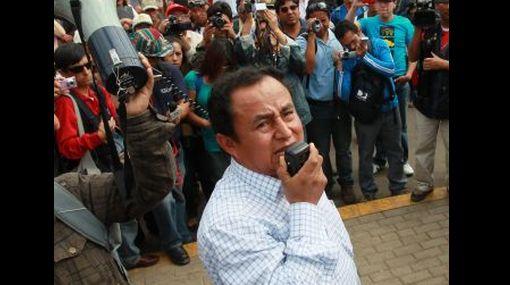 Un 77% señala que Gregorio Santos debe dialogar con el Gobierno