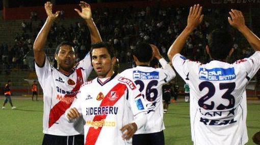 José Gálvez remontó y venció 2-1 a Juan Aurich en Chiclayo