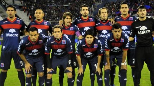 Club Tigre puede ser campeón y perder la categoría en Argentina