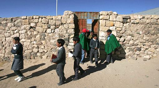 Arequipa retrasa en 15 minutos el ingreso a los colegios debido al frío
