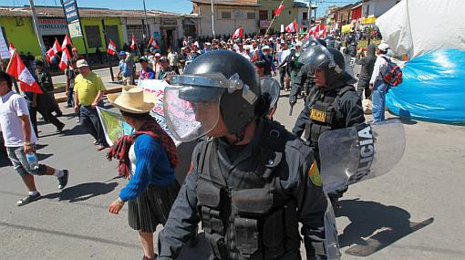 Paro en Cajamarca: manifestantes arrojaron agua caliente a policías