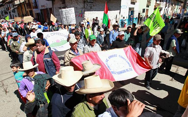 Cajamarca: autoridades y manifestantes a la expectativa de posible mensaje de Humala