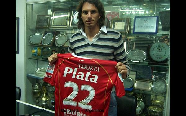 """Claudio Borghi en Argentinos Juniors: """"Quiero a 'Zlatan' Fernández"""""""