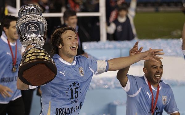 Conmebol y Concacaf organizarían la Copa América con 16 países