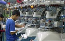 Ádex: Exportación de confecciones peruanas cayó 13,6% hasta octubre - Noticias de el gran show 2013