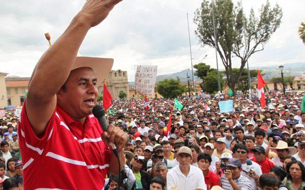 Gregorio Santos aceptó mediación y exigió el levantamiento del estado de emergencia