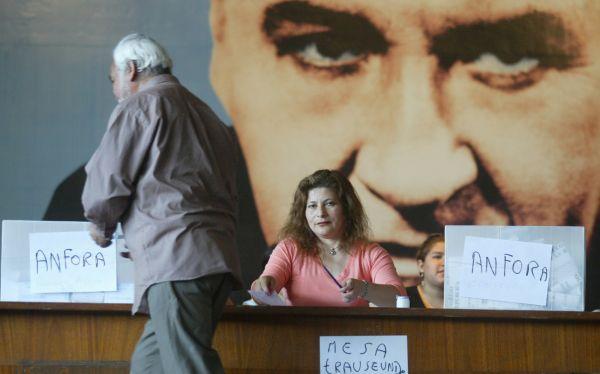 El Apra convocó a elecciones partidarias a nivel nacional