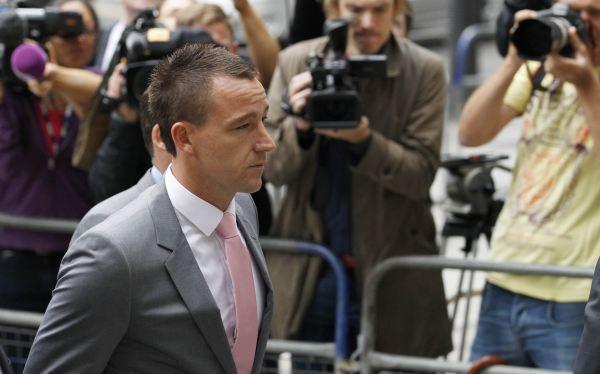 John Terry se declaró inocente de la acusación de racismo en inicio de juicio
