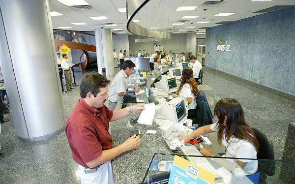 Bancos locales innovan estrategias para competir y retener a usuarios