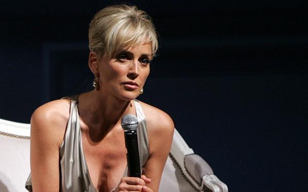 Sharon Stone ya no quiere hacer más desnudos