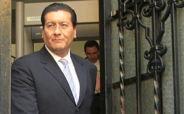 """Ministro Paredes: """"Estamos dispuestos a dejar el cargo si Humala lo requiere"""""""